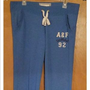 Abercrombie and fitch jogger women